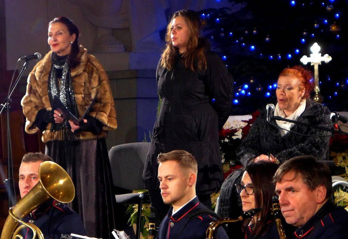Kolędowe koncertowanie z Zosią Kilanowicz i Miejską Orkiestrą
