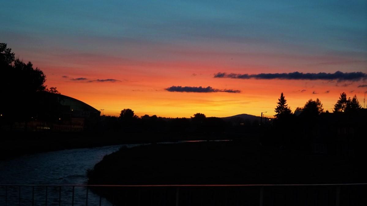 Piękny zachód słońca w Nowym Targu