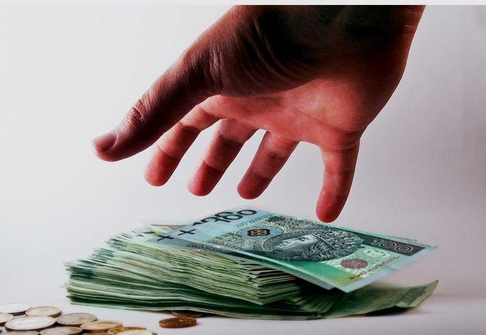 ABW zatrzymało kolejną osobę w sprawie korupcji w Powiatowym Zarządzie Dróg