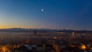 Wschód-słońca-Nowy-Targ-kościół-Tatry-2-scaled.jpg