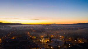 Wschód-słońca-Nowy-Targ-kościół-Tatry-3-scaled.jpg