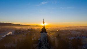 Wschód-słońca-Nowy-Targ-kościół-Tatry-55-scaled.jpg