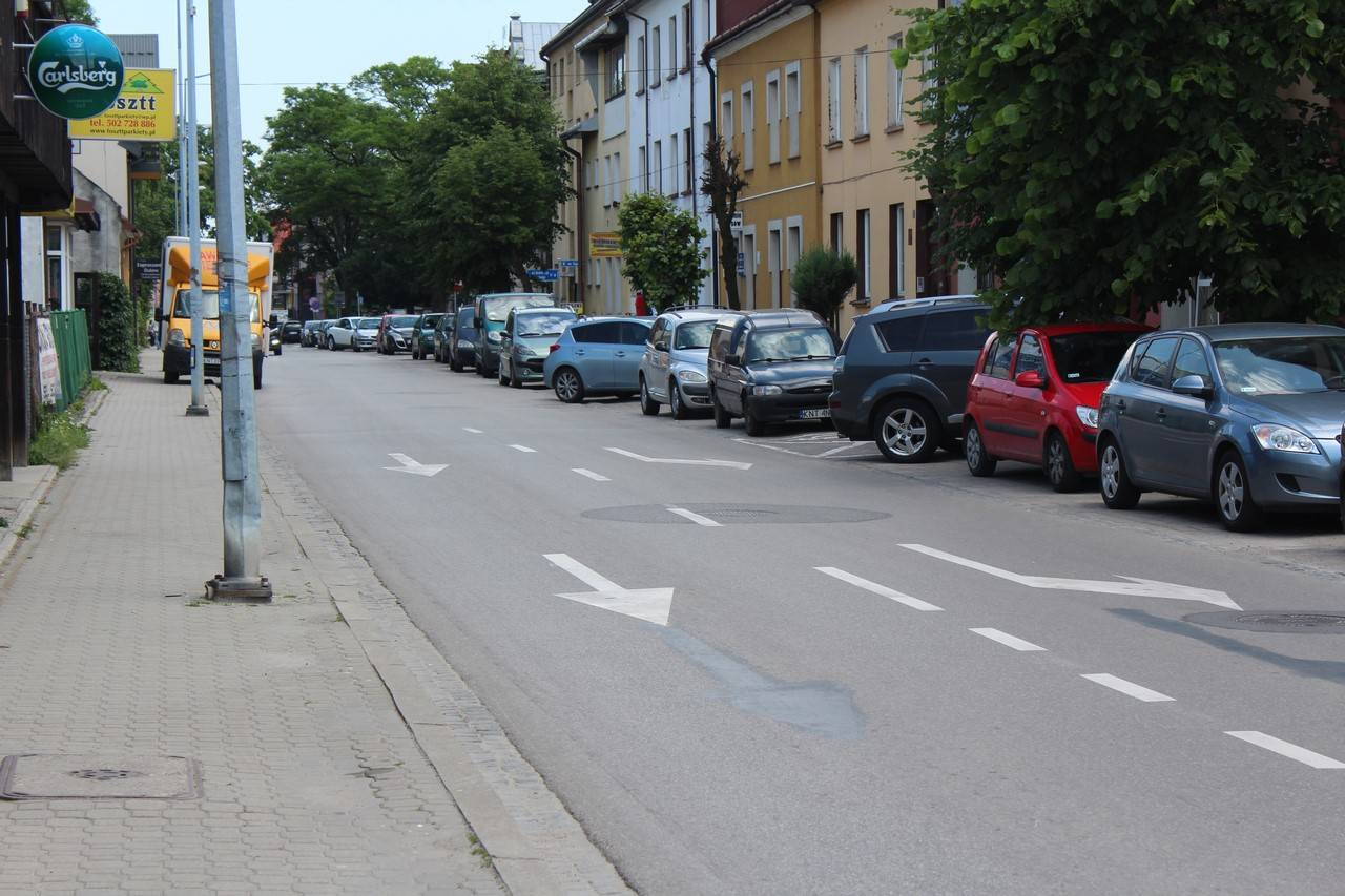 Królowej Jadwigi w Strefie Płatnego Parkowania?Planowane utworzenie 35 ukośnych miejsc parkingowych