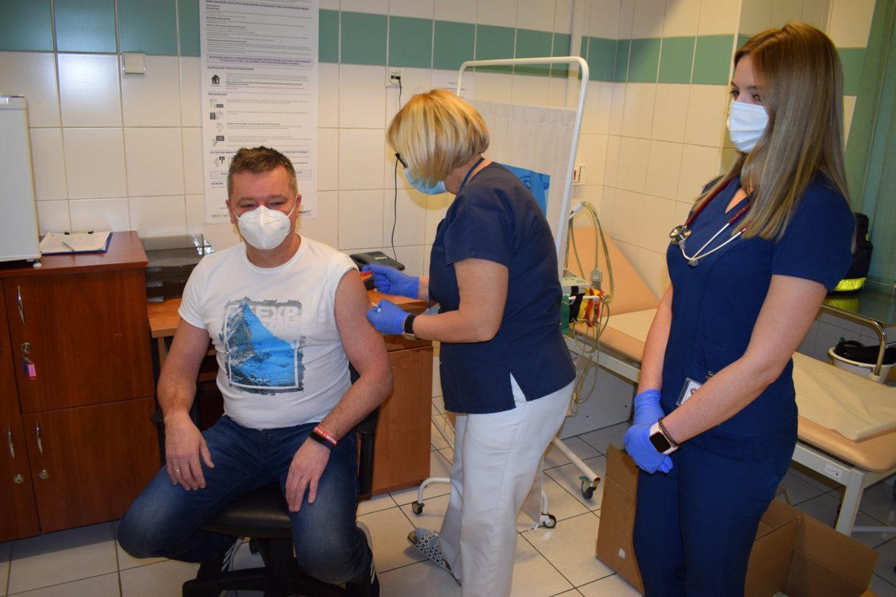 W Podhalańskim Szpitalu - początek szczepień. Najpierw personel