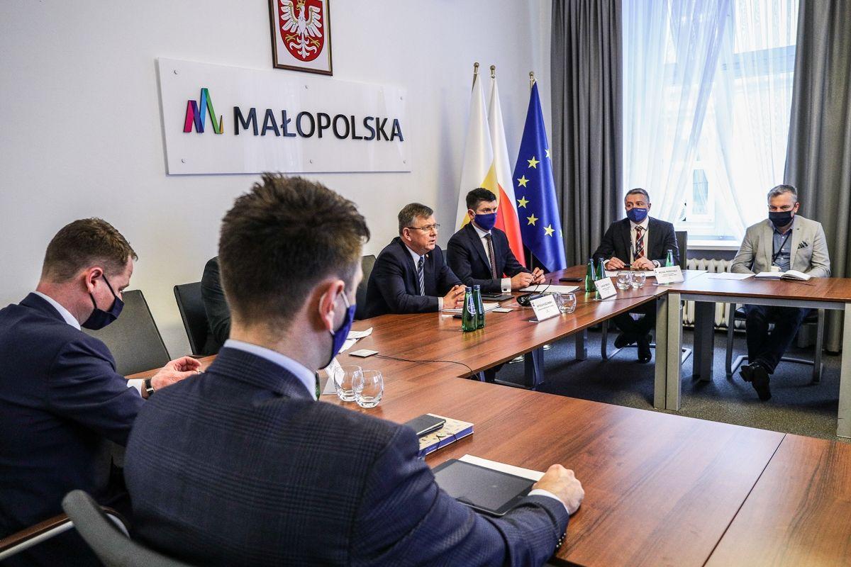Współpraca Polski i Słowacji w ramach połączeń transgranicznych