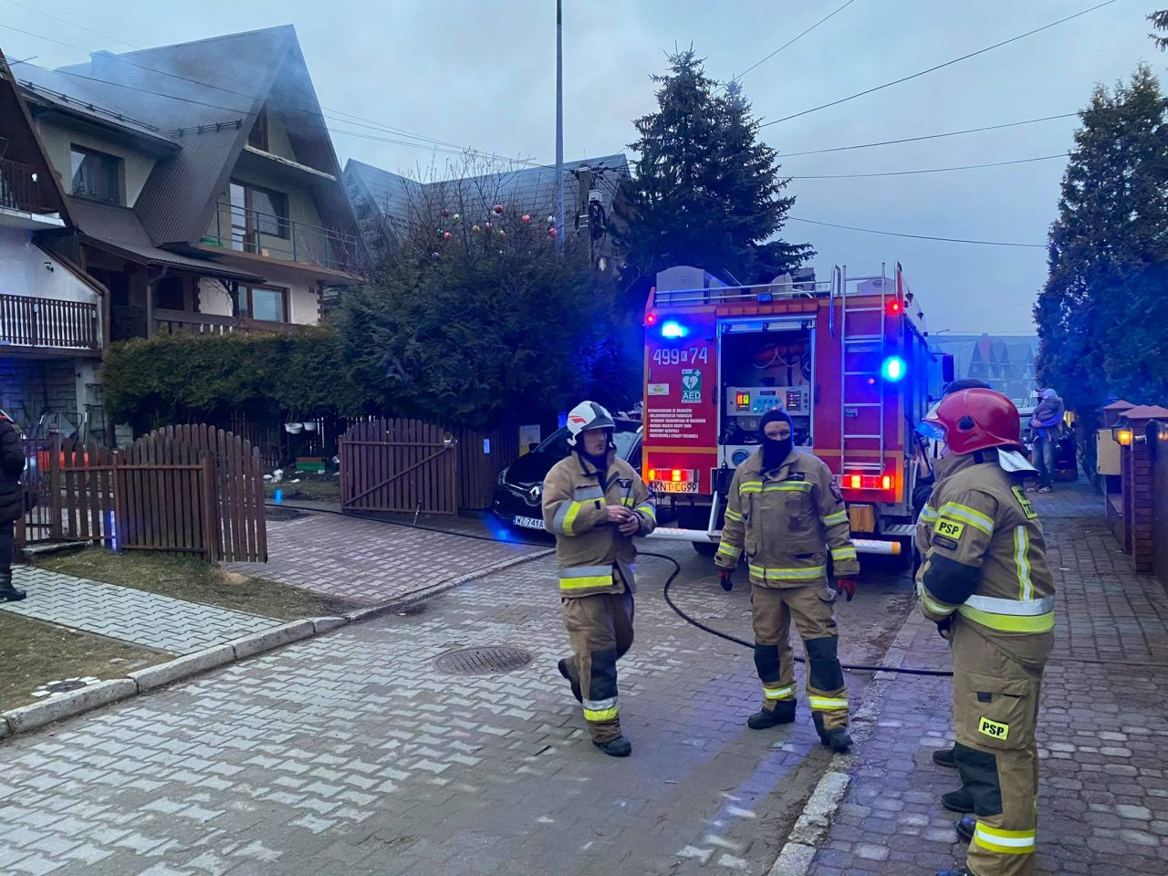 Pożar sadz na Lubertowicza (zdjęcia, video)