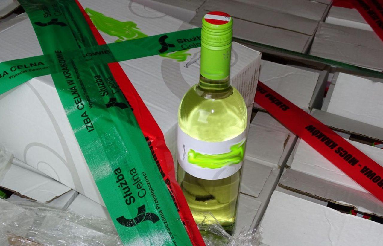 Ponad 550 litrów wina zatrzymano w Chyżnem