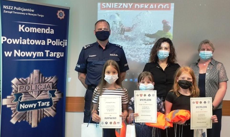 Uczennice z Nowego Targu wyróżnione ogólnopolskim konkursie
